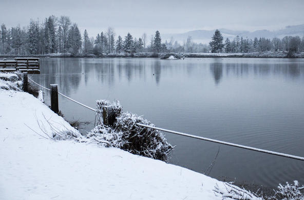 lake snow cc by bonnie_moreland