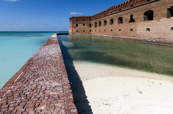 fort jefferson cc acroterion